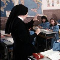 Scuola, aumentano ancora i prof di Religione. Ma sempre di meno gli studenti