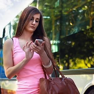 """Lo studio: """"Lontani dallo smartphone crescono ansia e stress"""""""