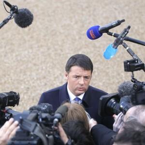 """Ue, Renzi a Strasburgo: """"Applauso per Napolitano. Italiani sanno: la sfida è a casa nostra"""""""