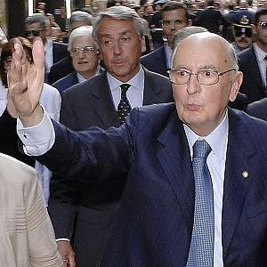 """Dimissioni, l'augurio di Napolitano: """"Paese sia unito e sereno"""". Appello su riforme"""