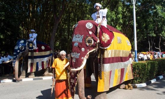 """Papa Francesco in Sri Lanka: """"Leader religiosi non siano equivoci sulle violenze"""""""