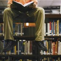 Istat, lettori in calo anche nel 2014. Ma le donne salvano i libri
