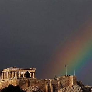 """Atene, le accuse alla Troika: """"Salvate le banche e non i greci"""""""
