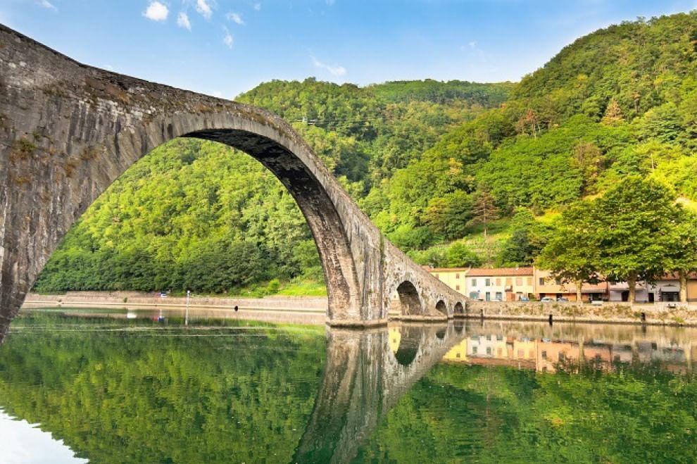 Viaggio in italia la selezione dei 30 ponti pi belli for Disegni di ponte a 2 livelli