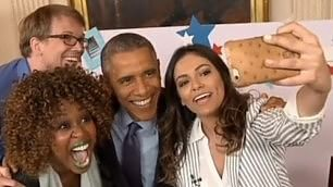 Obama: ''Legalizziamo nozze gay''    Video  Intervista con selfie su YT