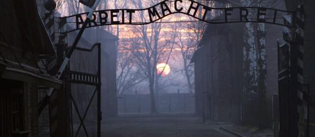 Il mondo ad Auschwitz, 70 anni dopo La Polonia non invita Putin, è polemica