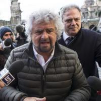 """Quirinale, da martedì consultazioni in casa Pd. Grillo insulta il premier: """"Buffoncello,..."""