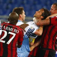 Lazio-Milan, Mexes perde la testa e viene espulso