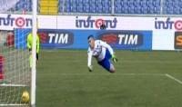 Samp frena, Palermo   foto    furioso per gol fantasma