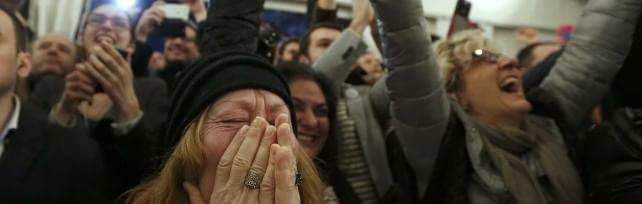"""Grecia, gli exit poll: """"Stravince Syriza""""   liveblog    Potrebbe ottenere la maggioranza assoluta"""
