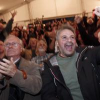 Elezioni Grecia, la festa dei sostenitori di Syriza dopo gli exit poll