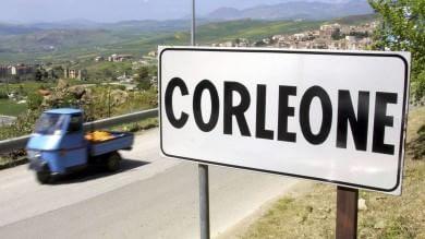 Corleone, prima denuncia per estorsione  quattro boss in manette  /   video
