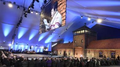 """Shoah , è il Giorno della Memoria    live tv      Papa: """"Auschwitz grida  dolore immane """""""