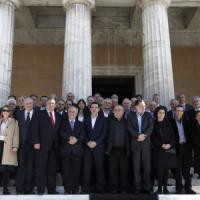 """Grecia, Tsipras tende la mano alla Ue: """"Non vogliamo andare allo scontro"""""""