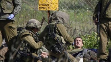 Hezbollah attacca convoglio israeliano:  due militari morti e sette feriti   video