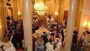Tra feste, elisir e opere buffe arriva il Carnevale alla Fenice   Video:  Wellber    /  Morassi