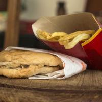 """Islanda, l'ultimo panino venduto da McDonald's nel 2009 è """"intatto"""""""