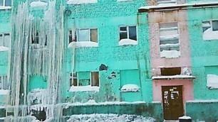 Benvenuti a Dudinka, 40° sotto zero e la città è un ghiacciolo