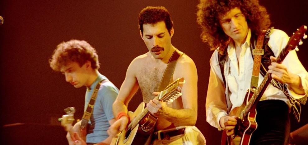 Queen, la favola della rock band è tutta live. Da Mercury a Lambert, un mito che scotta