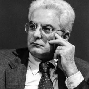 Sergio Mattarella, 35 anni di politica all'insegna della riservatezza