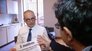 """Crosio, il leghista col Manifesto """"Quanti fenomeni in Parlamento"""""""
