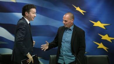 """Atene: """"Non trattiamo più con la Troika"""" L'Ue: """"Sbagliato ignorare gli accordi"""""""