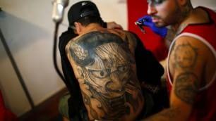 Tattoo, benvenuti all'inferno