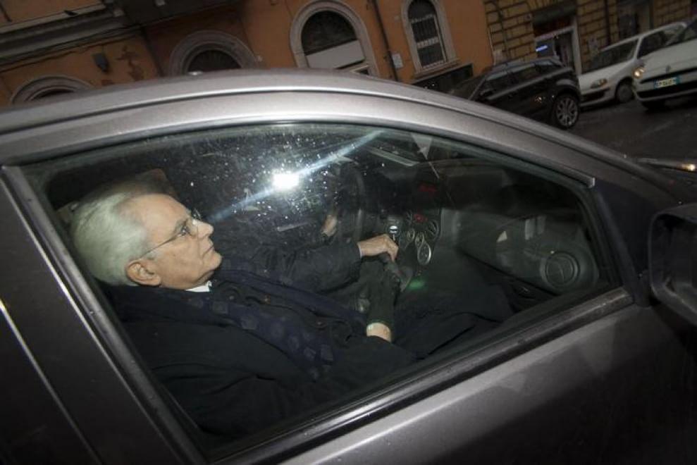 Quirinale, Mattarella lascia la Consulta a bordo di una Panda