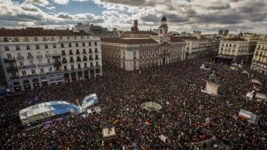 Madrid, migliaia in piazza con Podemos  contro l'Europa dell'austerity   foto