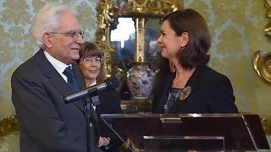 """Mattarella nuovo presidente -   i precedenti      """"Il mio pensiero a speranze e difficoltà  dei nostri concittadini""""   video   -   tweet"""