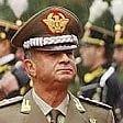 Roma, legato e rapinato  in casa Roberto Speciale ex comandante della Gdf