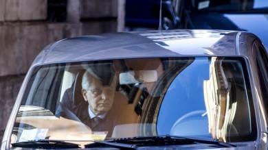 """Mattarella oggi  si dimette      video       dalla Consulta          """" Ricucirò  paese"""""""