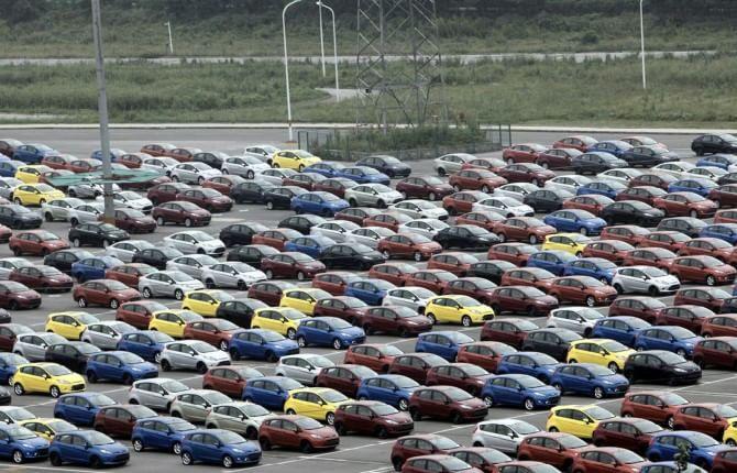 Mercato auto, a gennaio si parte in quarta: più 11 per cento