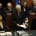 """Il discorso di Mattarella al parlamento: """"Crisi ha aumentato ingiustizie, Italia più libera e solidale"""""""
