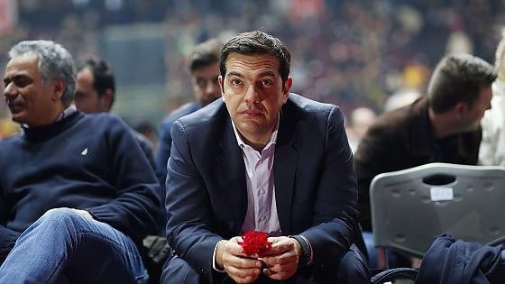 """Tsipras, il tour anti-austerità a Roma. Padoan: """"Crescita priorità per la Grecia"""""""