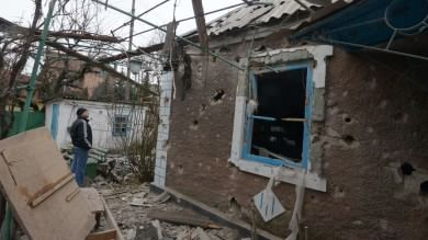 """Ucraina, nuovi combattimenti a Donetsk Usa: """"Niente armi a Kiev, per il momento"""""""