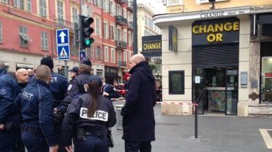 Francia, tre militari aggrediti davanti  a sito ebraico, due i feriti