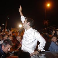Grecia, svolta Tsipras su immigrazione: da cancellare operazione Xenios Zeus contro clandestini