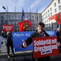 Varoufakis a Berlino: raduno anti Bce a sostegno del ministro
