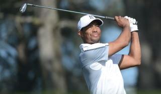 Golf, Woods si blocca ancora per la schiena