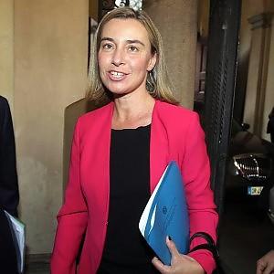 """Mogherini: """"Putin ha gli strumenti per chiudere la crisi. La Ue non vuole armare l'Ucraina"""""""