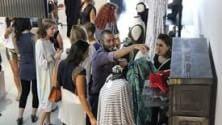Una scuola di moda  cerca talenti (e li trova) nei campi profughi  in tutto il Libano   di MAURO POMPILI