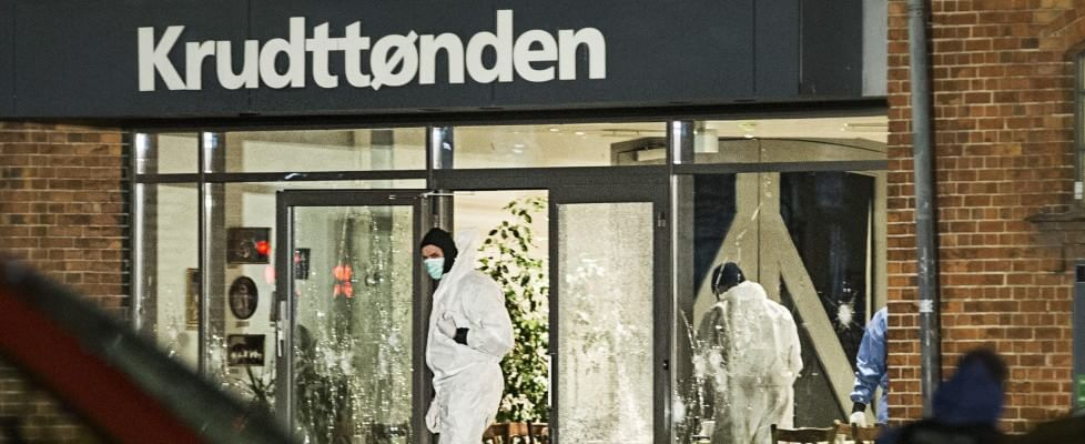 """Terrorismo: a Copenaghen spari a convegno su Islam, un morto. """"Volevano rifare Charlie Hebdo"""""""