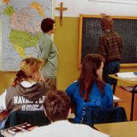 Iscrizioni a scuola: la maggioranza ai licei, crollano i professionali