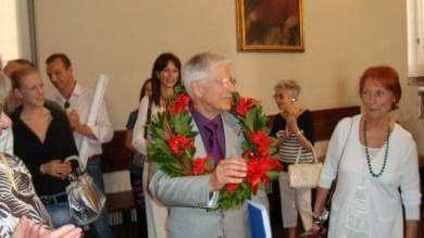 La storia di Luigi Milana, lo 'studente'  dei record: a 81 anni consegue sesta laurea