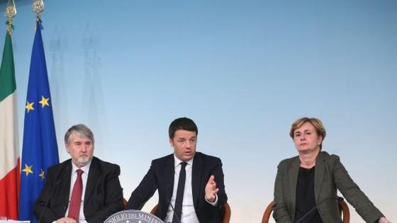 """Jobs Act, Cdm approva decreti attuativi. Renzi: """"Rottamiamo cocopro e art. 18"""""""