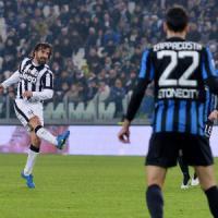 Juventus-Atalanta 2-1: Llorente e Pirlo, vittoria in rimonta