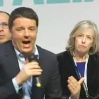 """Scuola, Giannini: """"Assunzioni solo per concorso pubblico"""". Renzi contestato dai precari:..."""