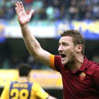 Verona-Roma 1-1: il film della partita. Garcia sostituisce Totti. E il capitano perde le staffe