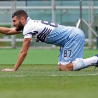Lazio-Palermo 2-1: il film della partita. Decide Candreva, che si infortuna esultando: la sequenza